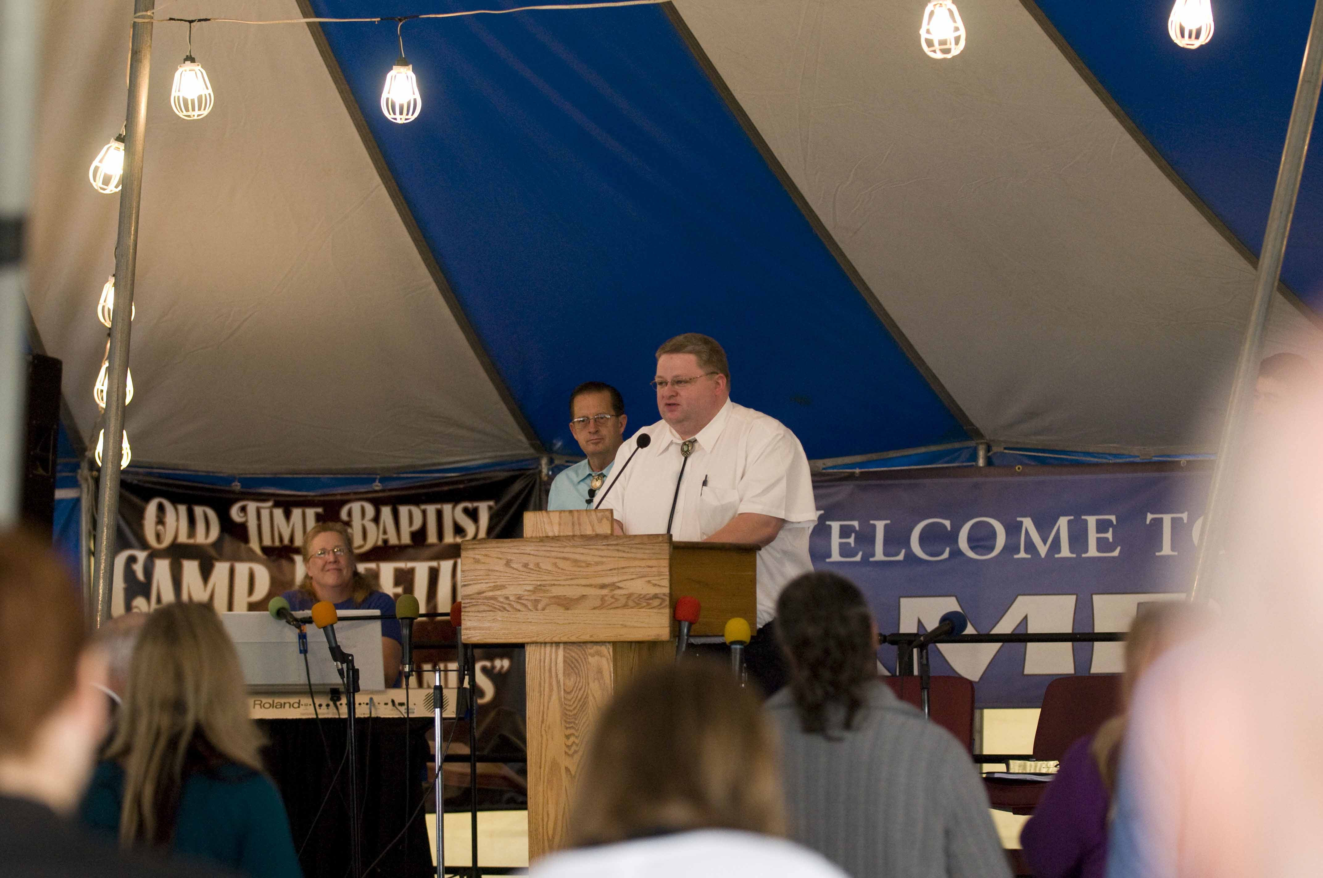Camp_meeting_2011_19